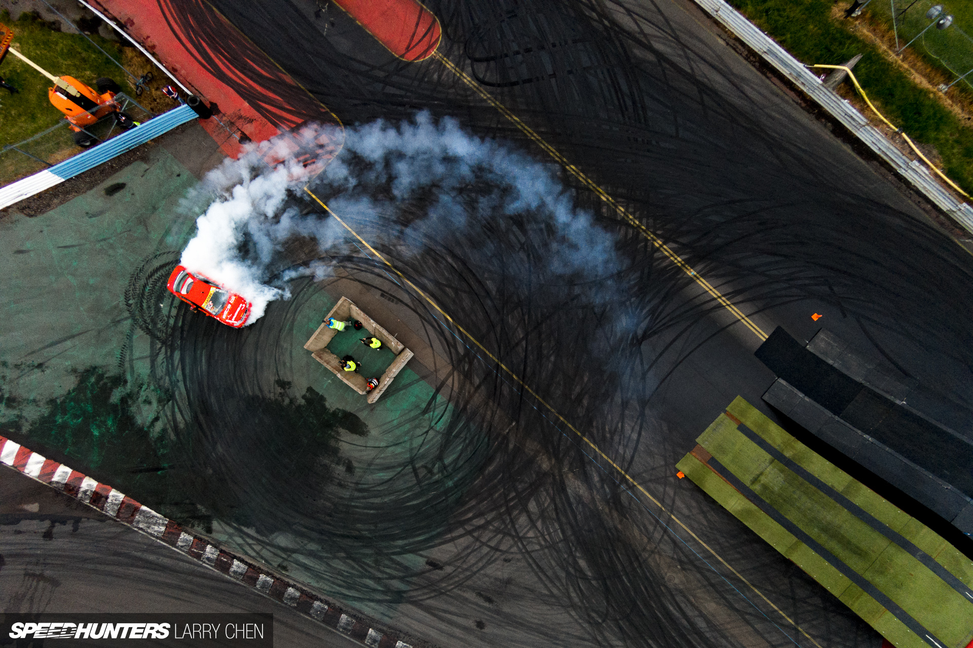 Larry_Chen_Speedhunters_gatebil_from_above-1