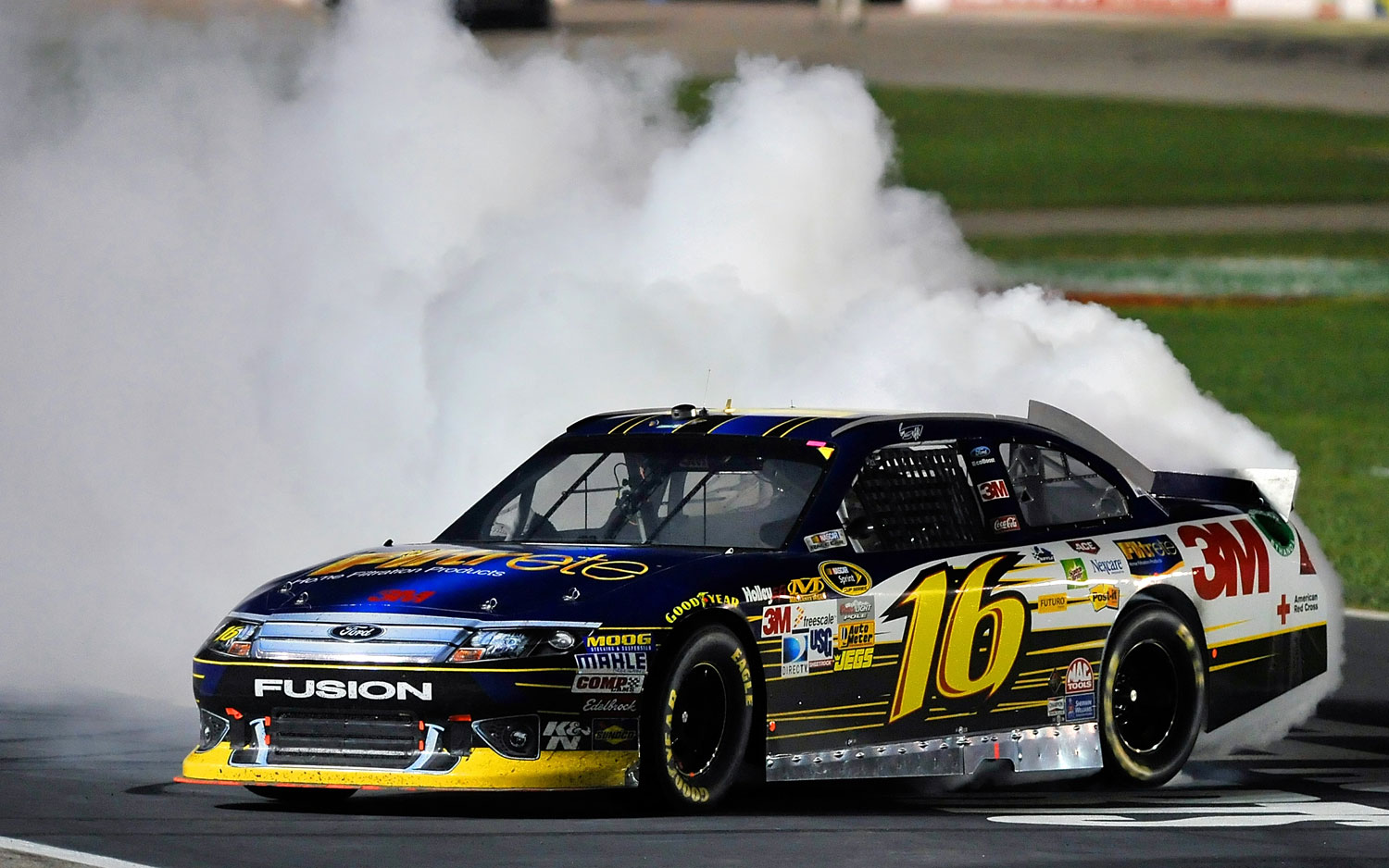 Greg-Biffle-Ford-Fusion-NASCAR-Victory