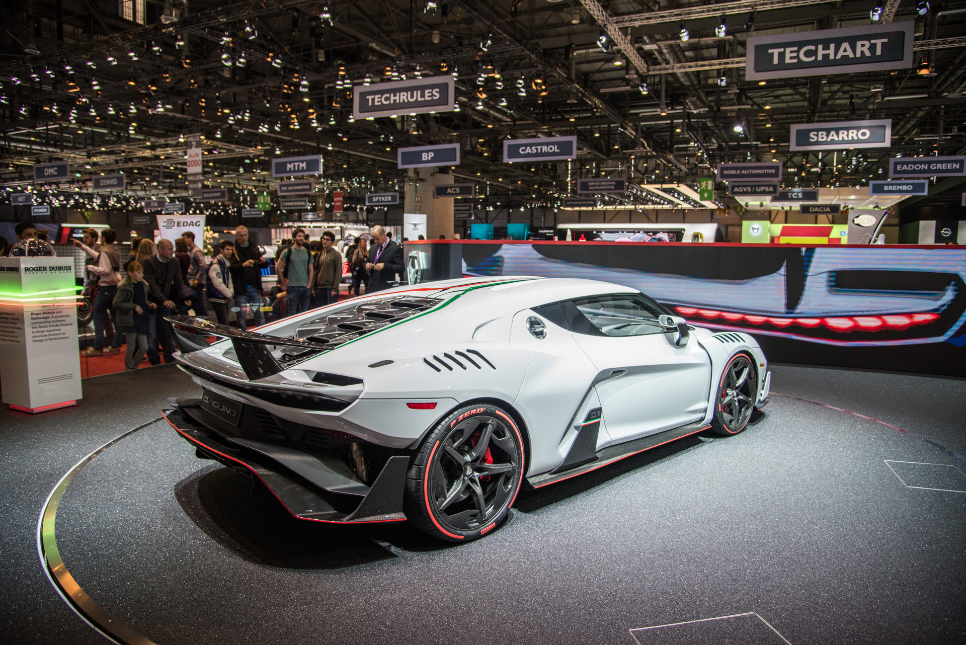 geneva-international-motor-show-igor-sinitsin-109