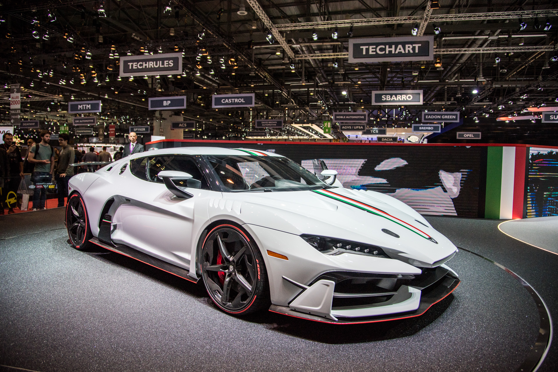 geneva-international-motor-show-igor-sinitsin-110
