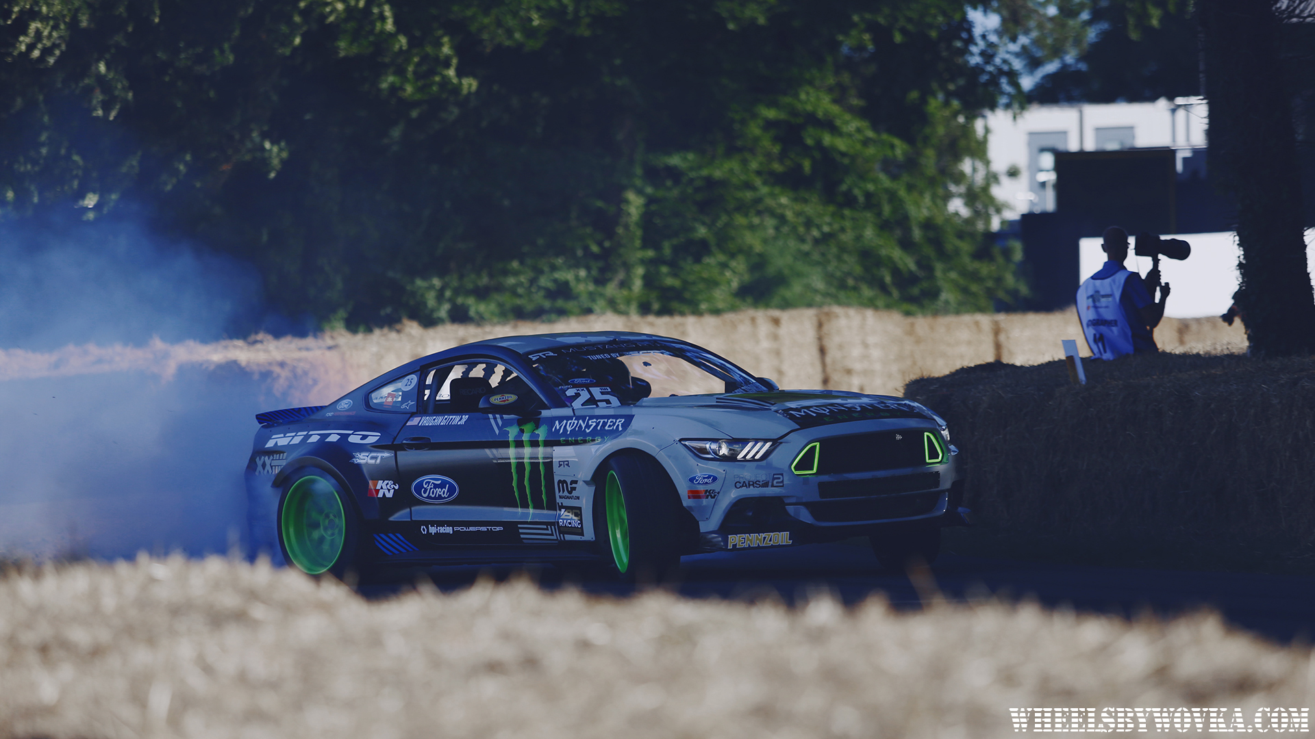 drifting-at-goodwood-festival-of-speed-by-wheelsbywovka-17
