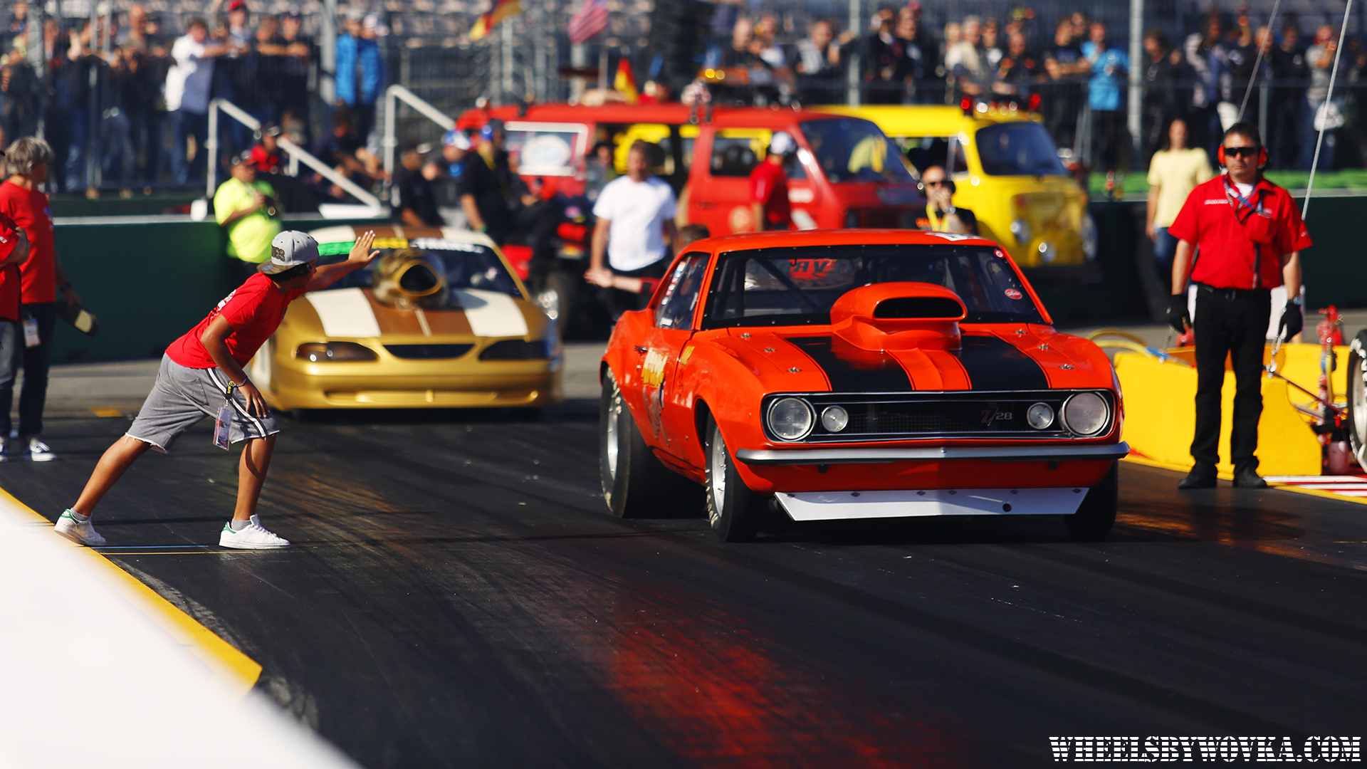 drag-racing-sign-language-by-wheelsbywovka-11