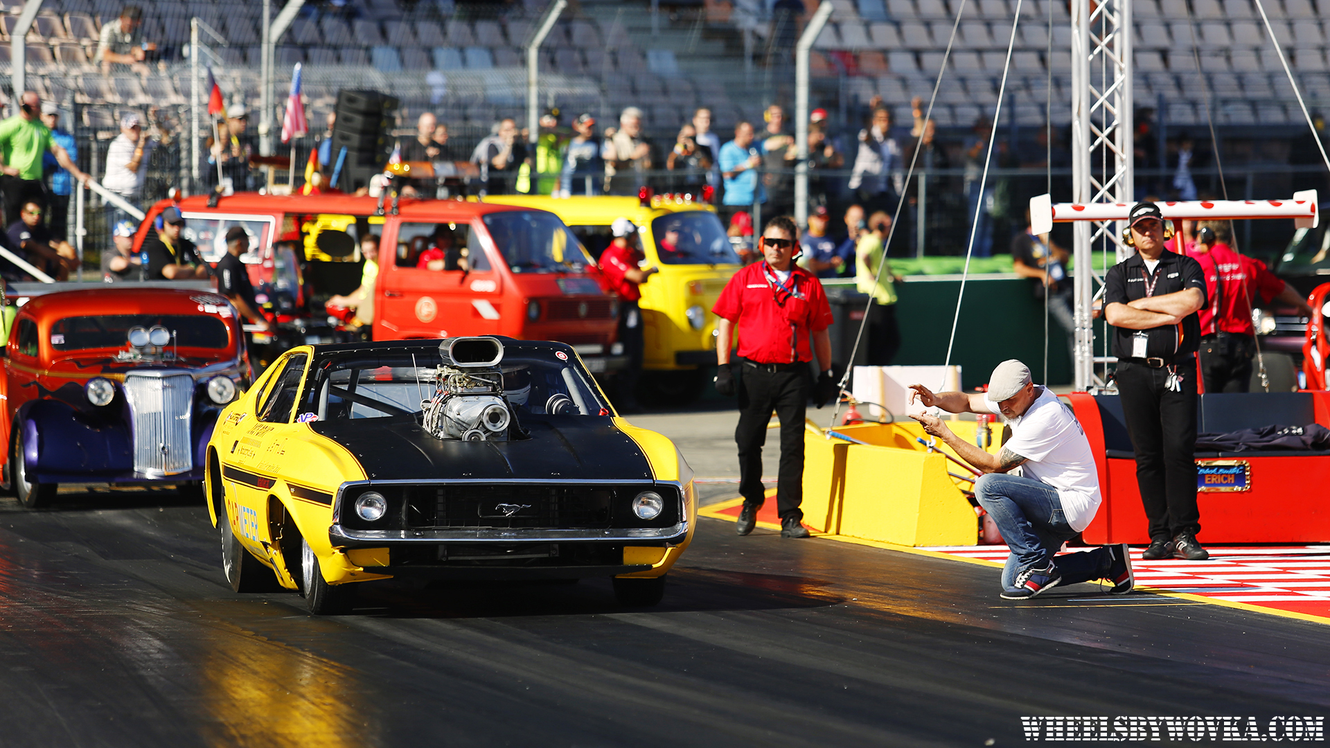 drag-racing-sign-language-by-wheelsbywovka-13