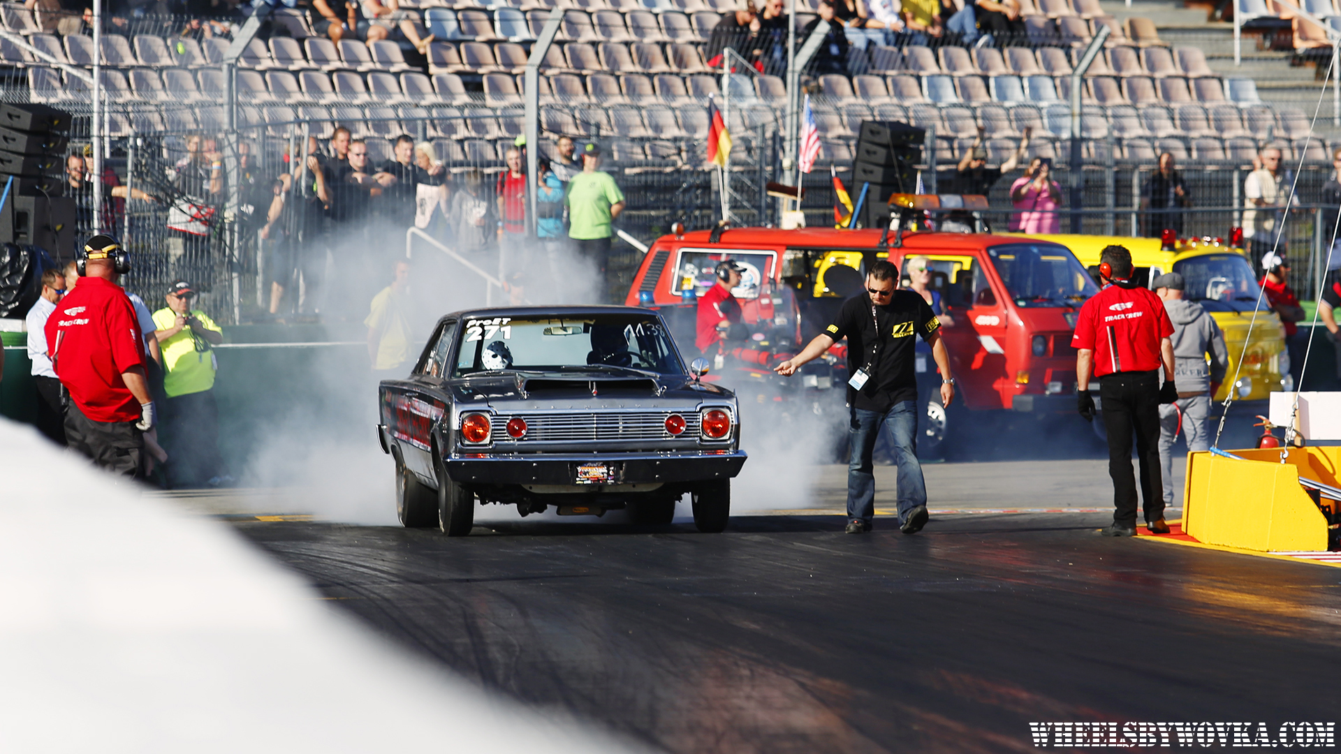 drag-racing-sign-language-by-wheelsbywovka-5