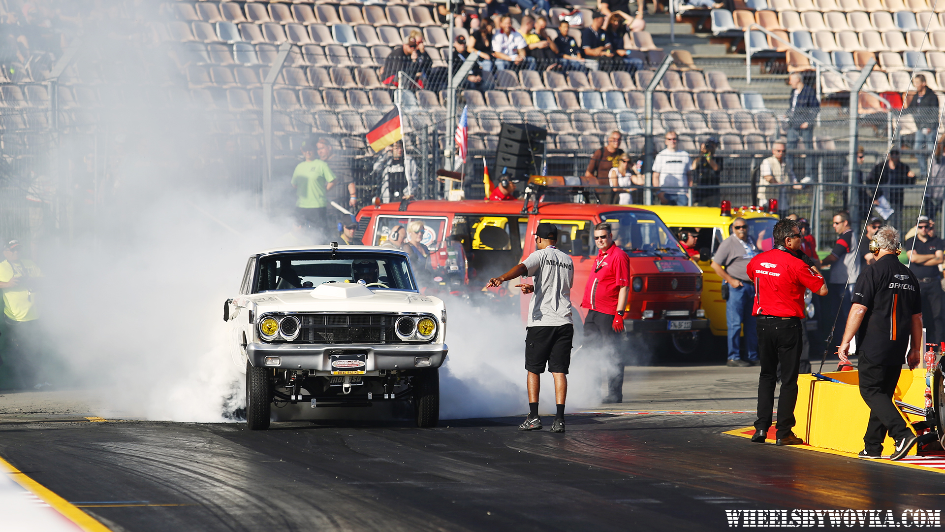drag-racing-sign-language-by-wheelsbywovka-6
