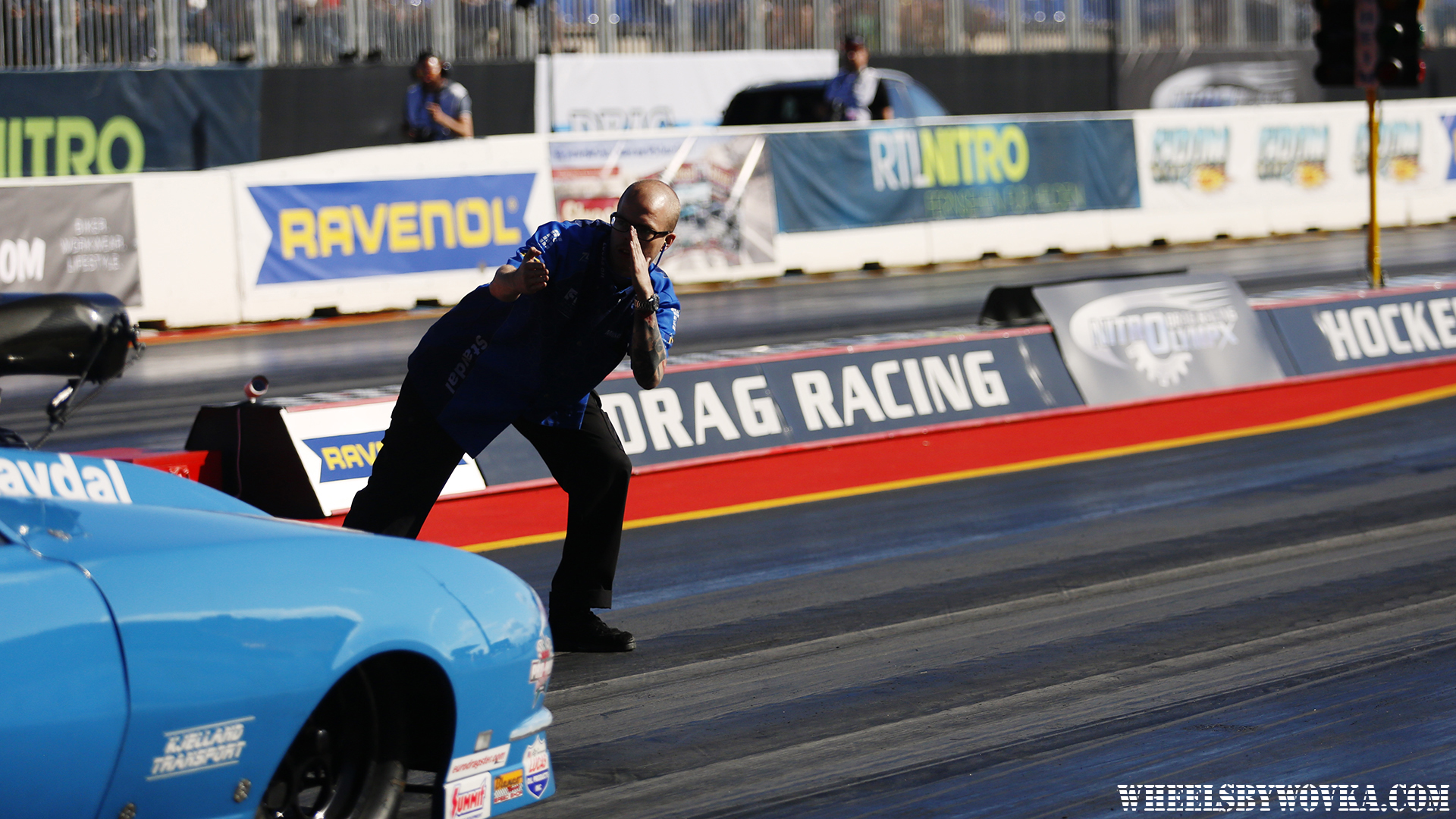 drag-racing-sign-language-by-wheelsbywovka-9